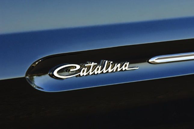 1962 Pontiac Catalina fender emblem, almost identical to the C-22