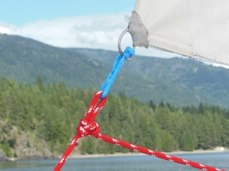 Jib sheet attached by an alpine butterfly knot and a soft shackle