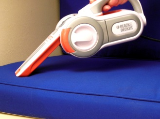 Black & Decker 12V Handheld Vacuum
