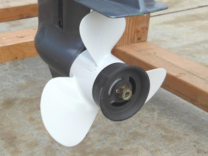 Refinished aluminum propeller