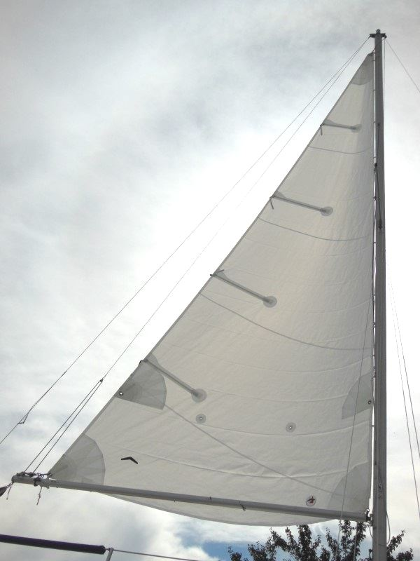 This backlit photo clearly shows the sail's contruction